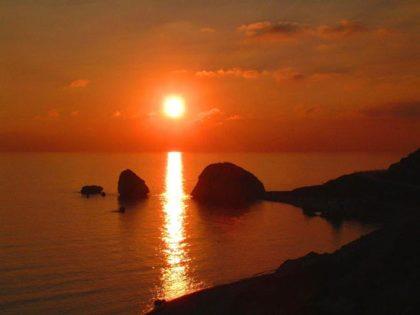 cyprus_aphrodite_rock